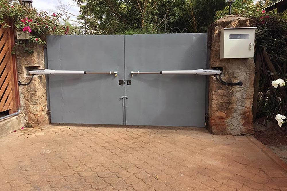 automatic electric gate